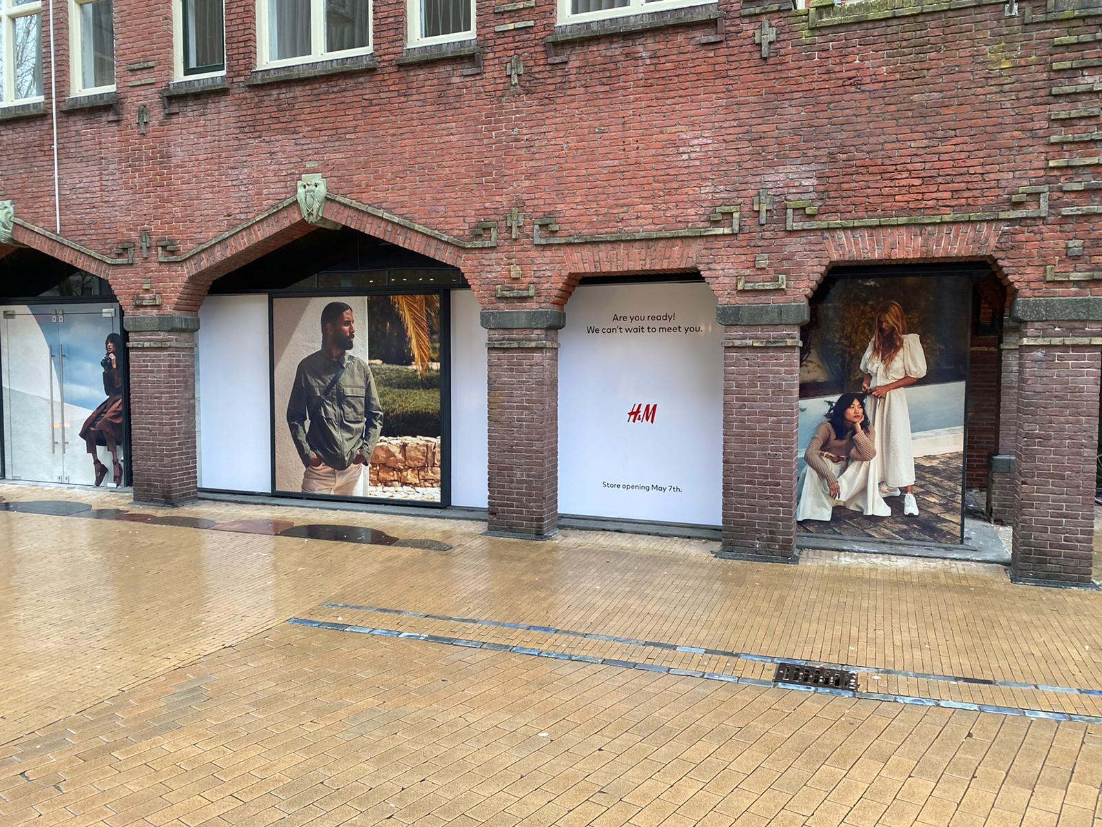 Hennes & Mauritz | Window visuals, Groningen