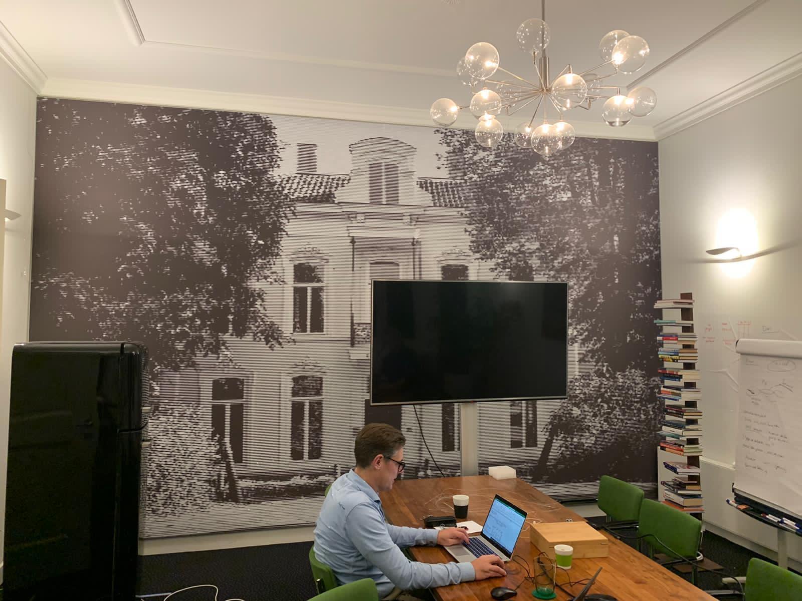Akoestische frames in kantoor pand
